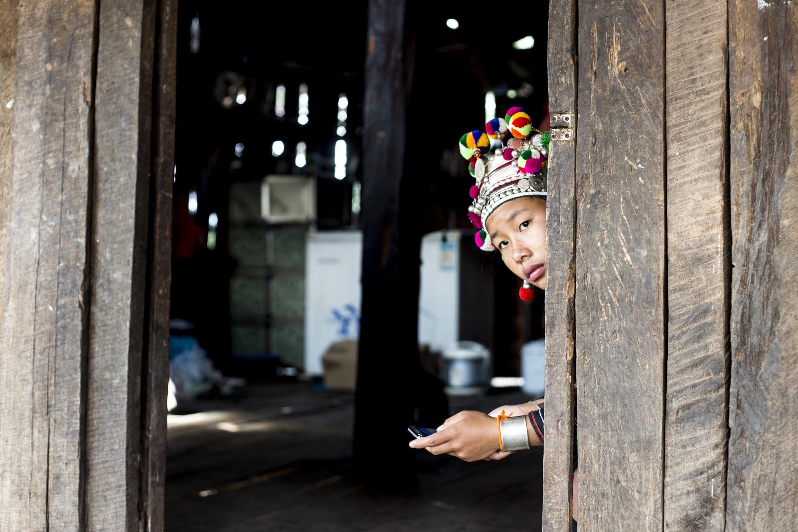 tirage photo modernisation menacante chez les Akhas du Laos