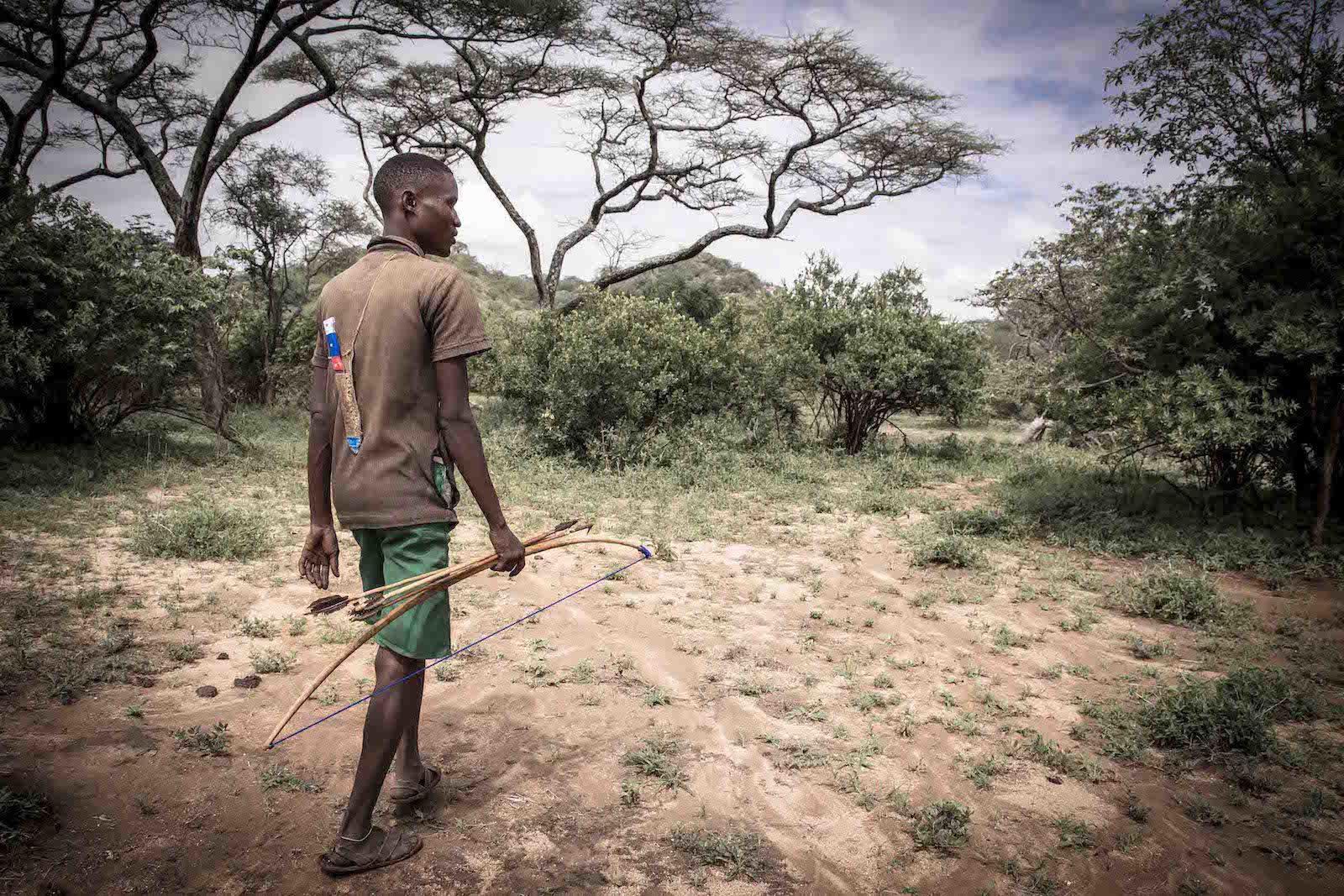 tirage photo vers de nouveaux horizons chez les hadzabe de tanzanie